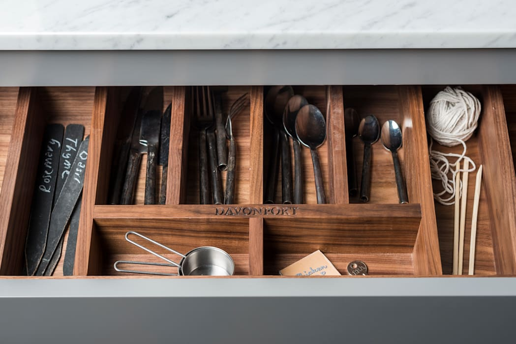 W9 | Eclectic Industrialism Industrial style kitchen by Davonport Industrial Wood Wood effect