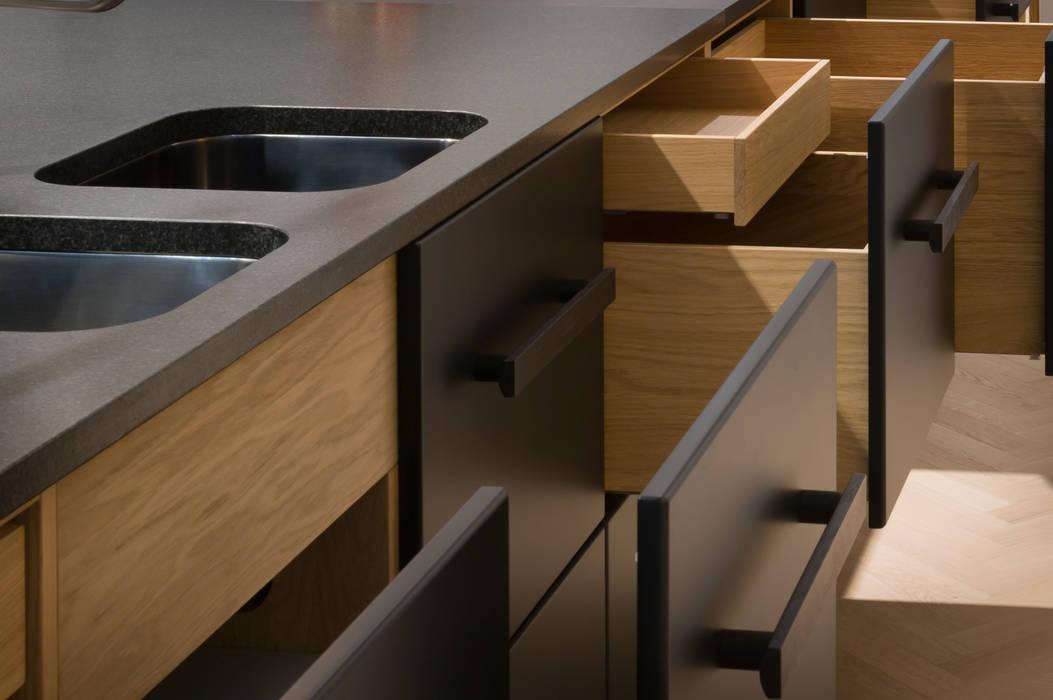 Schublade eiche massivholz matt schwarz lackiert: küche von der raum ...