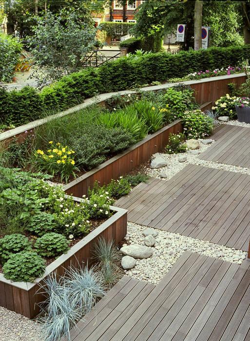 Communal Gardens, London Modern garden by Bowles & Wyer Modern