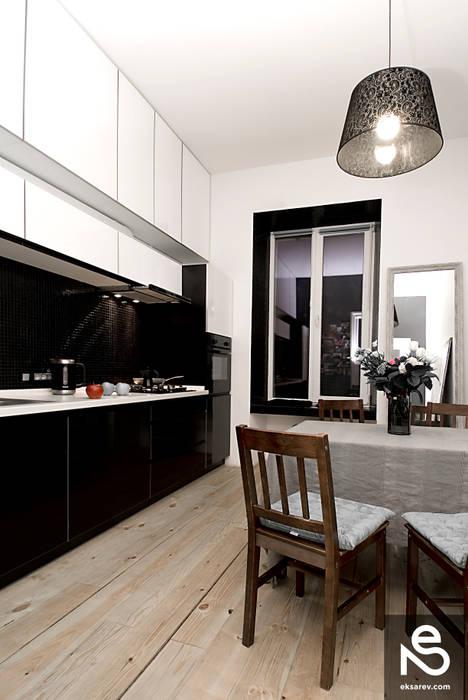 Apartment - Kanatnaja street Modern Kitchen by Studio Eksarev & Nagornaya Modern