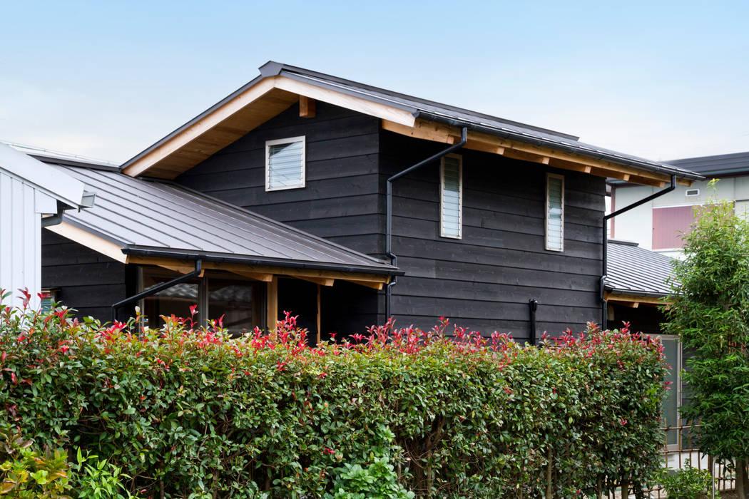 Casas de estilo  por shu建築設計事務所