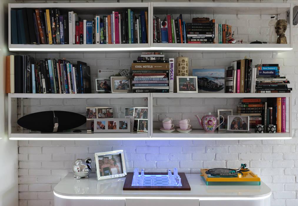 Chiswick Quay Ruang Studi/Kantor Modern Oleh Rousseau Modern