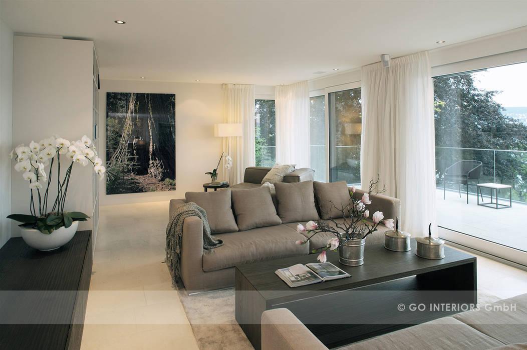 Apartment Kilchberg Moderne Wohnzimmer von Go Interiors GmbH Modern
