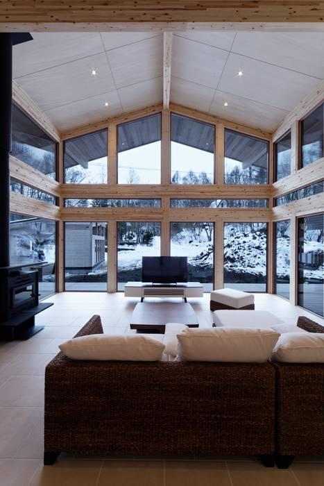 Moderne Fenster & Türen von 株式会社山崎屋木工製作所 Curationer事業部 Modern