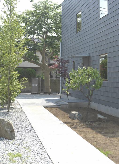 higashikurume kh-house: 株式会社コヤマアトリエ一級建築士事務所が手掛けた庭です。