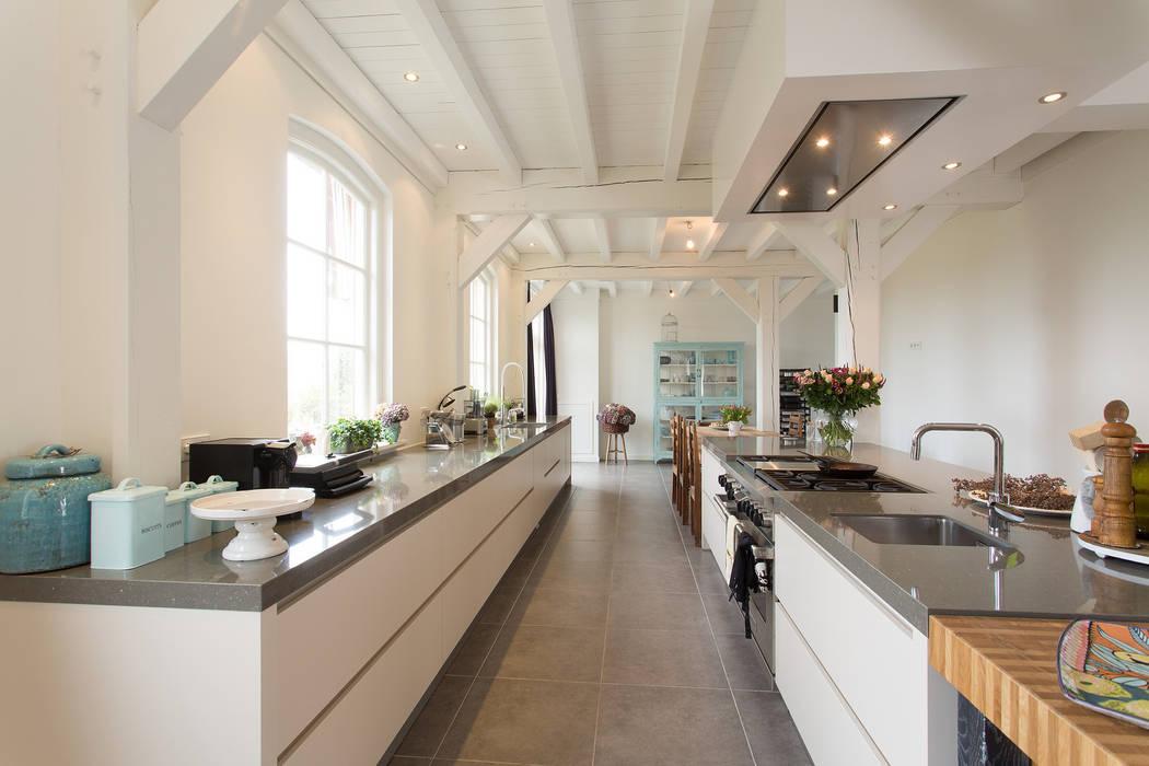 House Design Keuken : Moderne küche von tieleman keukens homify