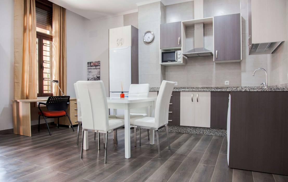 Mohedano Estudio de Arquitectura S.L.P. Modern dining room