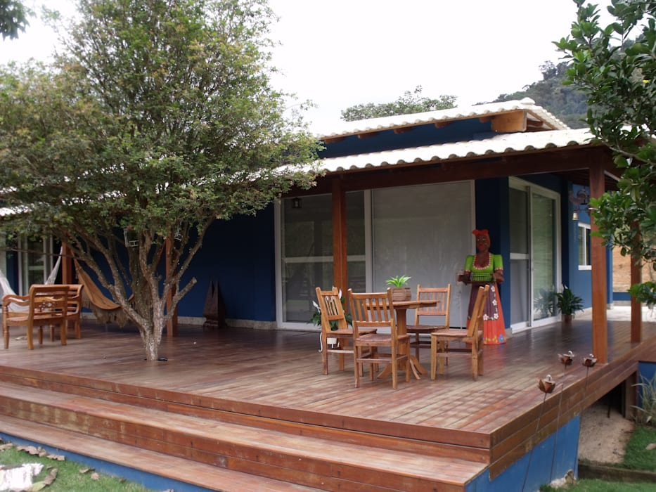 Maisons rustiques par Cristiane Locatelli Arquitetos & Associados Rustique