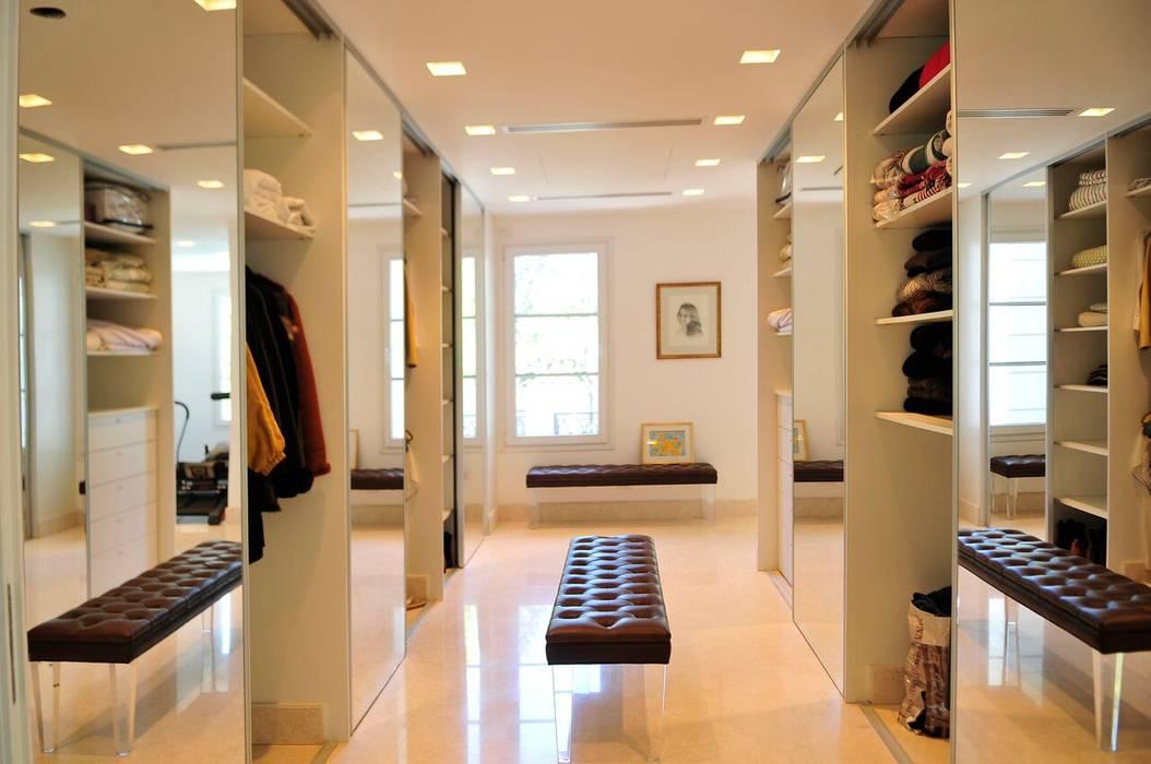 Casa Tortugas Moderne Ankleidezimmer von JUNOR ARQUITECTOS Modern