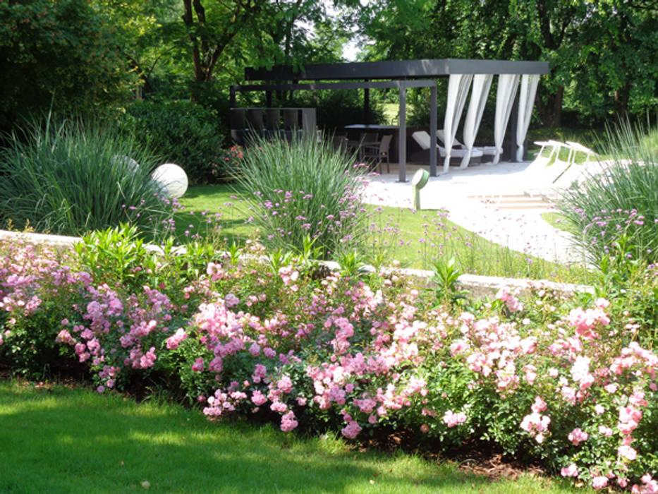 Giardino di casa privata verolavecchia bs giardino in for Decorazione giardini stile 700