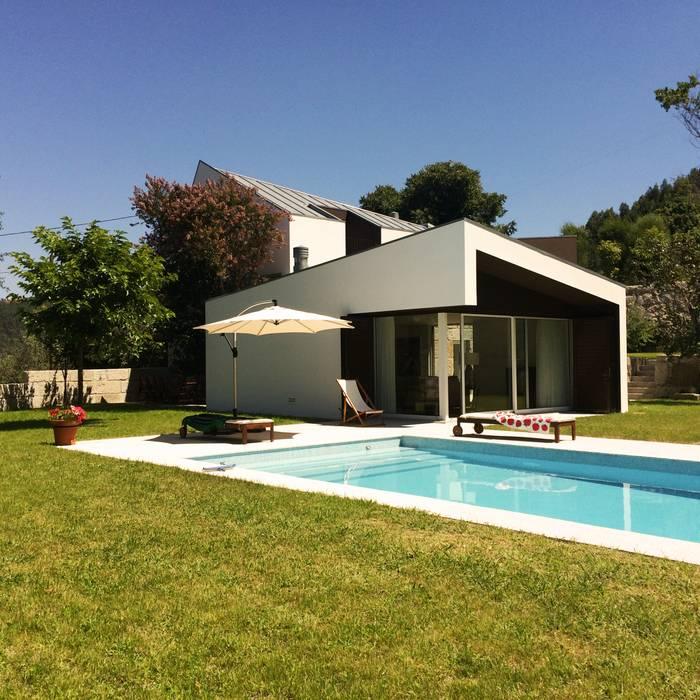 Casas de estilo  por Bárbara abreu Arquitetos