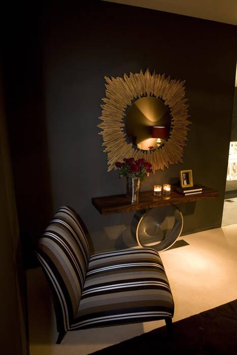 现代客厅設計點子、靈感 & 圖片 根據 Jorge Cassio Dantas Lda 現代風