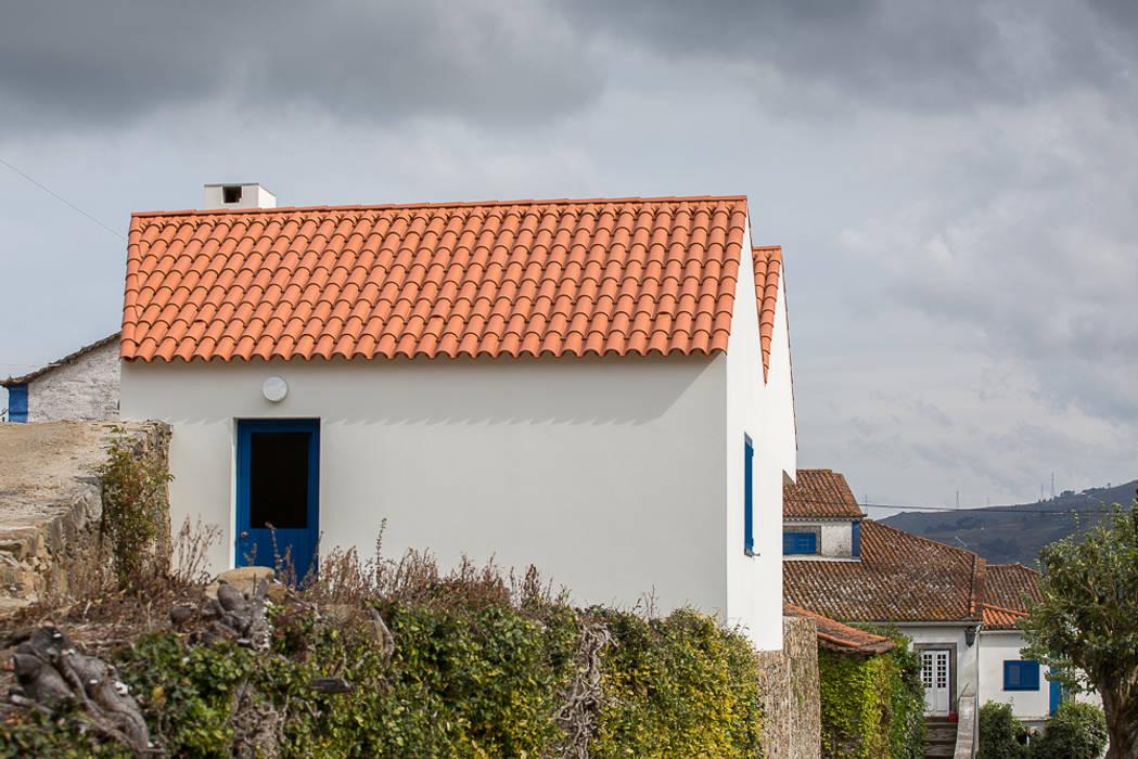 房子 by SAMF Arquitectos, 鄉村風