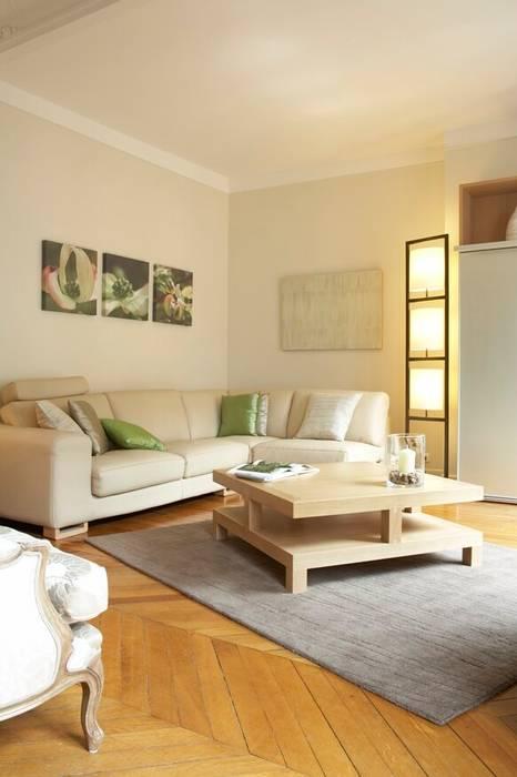 Living room by Les Murs ont des oreilles, Modern