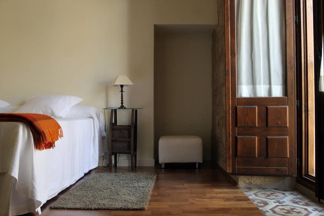 Habitaciones de estilo clásico por Ignacio Quemada Arquitectos