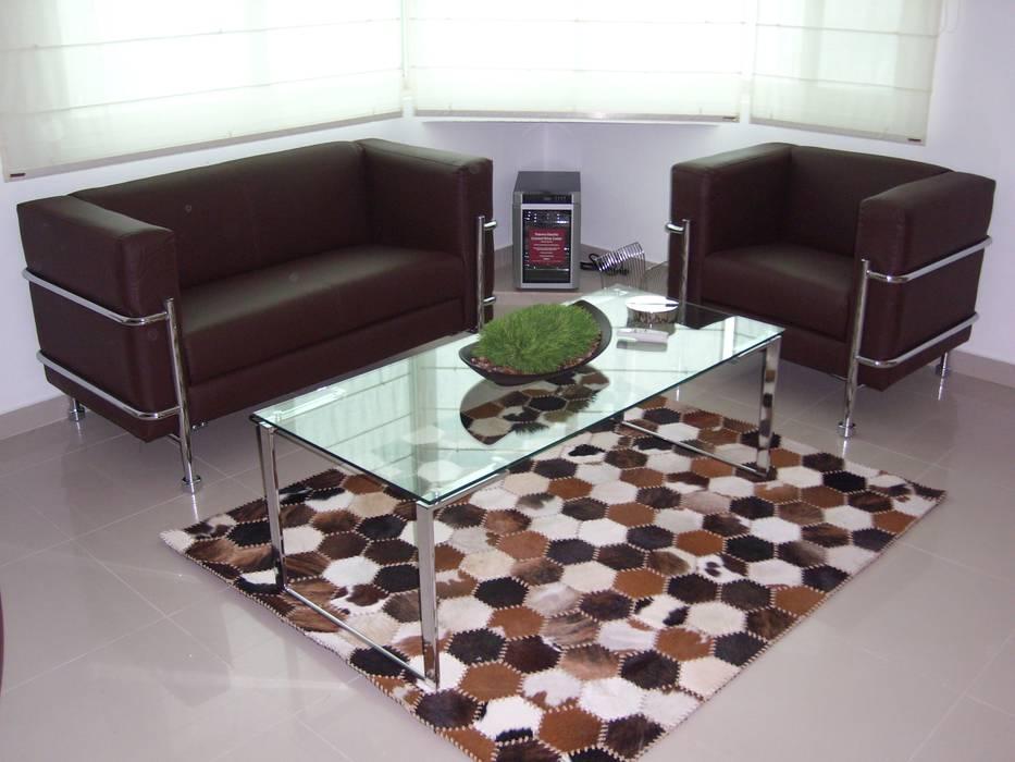 Yates y jets de estilo moderno de Paola Hernandez Studio Comfort Design Moderno