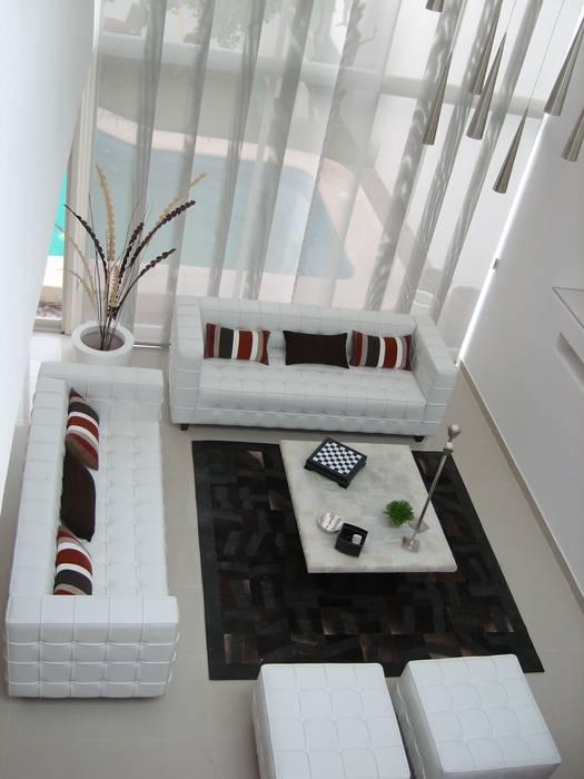 Salones y comedores Moderne Arbeitszimmer von Paola Hernandez Studio Comfort Design Modern