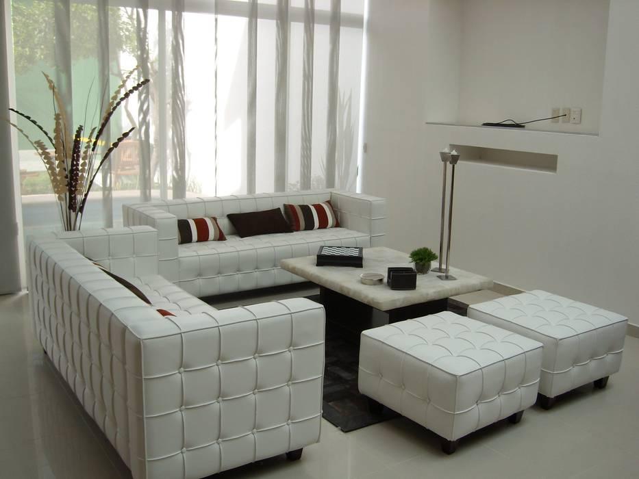 Estudios y despachos de estilo moderno de Paola Hernandez Studio Comfort Design Moderno