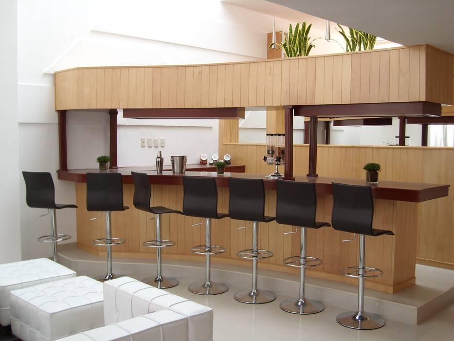 Salones y comedores: Estudios y oficinas de estilo  por Paola Hernandez Studio Comfort Design,
