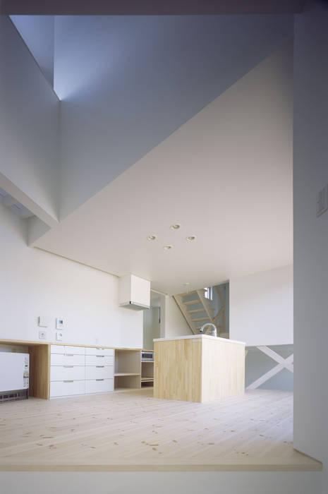 ハマノイエ モダンデザインの ダイニング の 関建築設計室 / SEKI ARCHITECTURE & DESIGN ROOM モダン