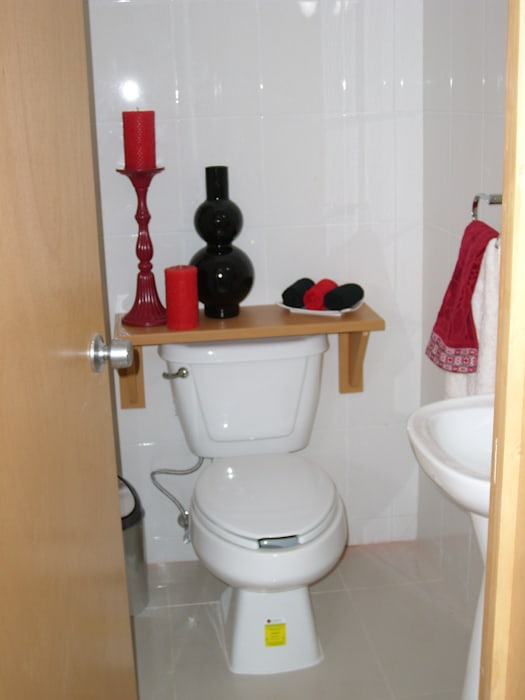 Baños de estilo moderno de Paola Hernandez Studio Comfort Design Moderno