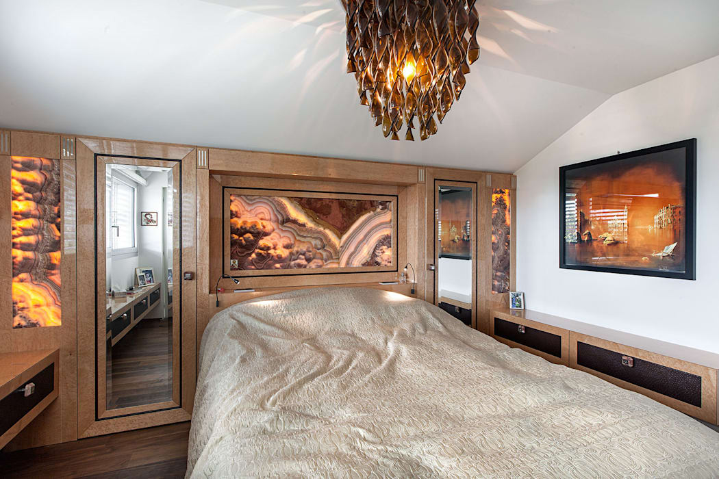 Baltina House: Camera da letto in stile in stile Eclettico di studiodonizelli