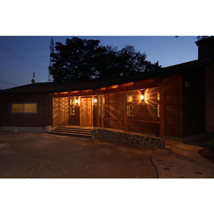 Maisons rustiques par 関建築設計室 / SEKI ARCHITECTURE & DESIGN ROOM Rustique