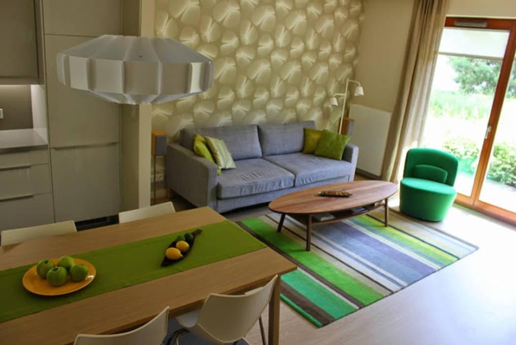 Ruang Keluarga Modern Oleh Studio Projektowania doMIKOart Modern