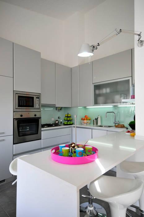 Private Residence in Vilamoura Nowoczesna kuchnia od Leonor Moreira Romba - Arquitecturas Nowoczesny