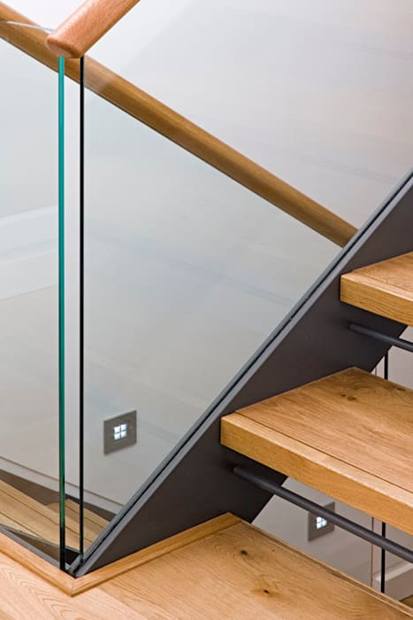 Stair detail Modern Corridor, Hallway and Staircase by The Chase Architecture Modern Wood Wood effect