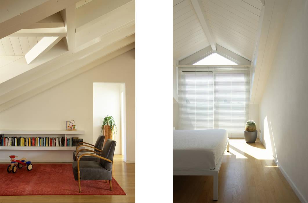 Recupero di sottotetto a vimercate: camera da letto in stile ...
