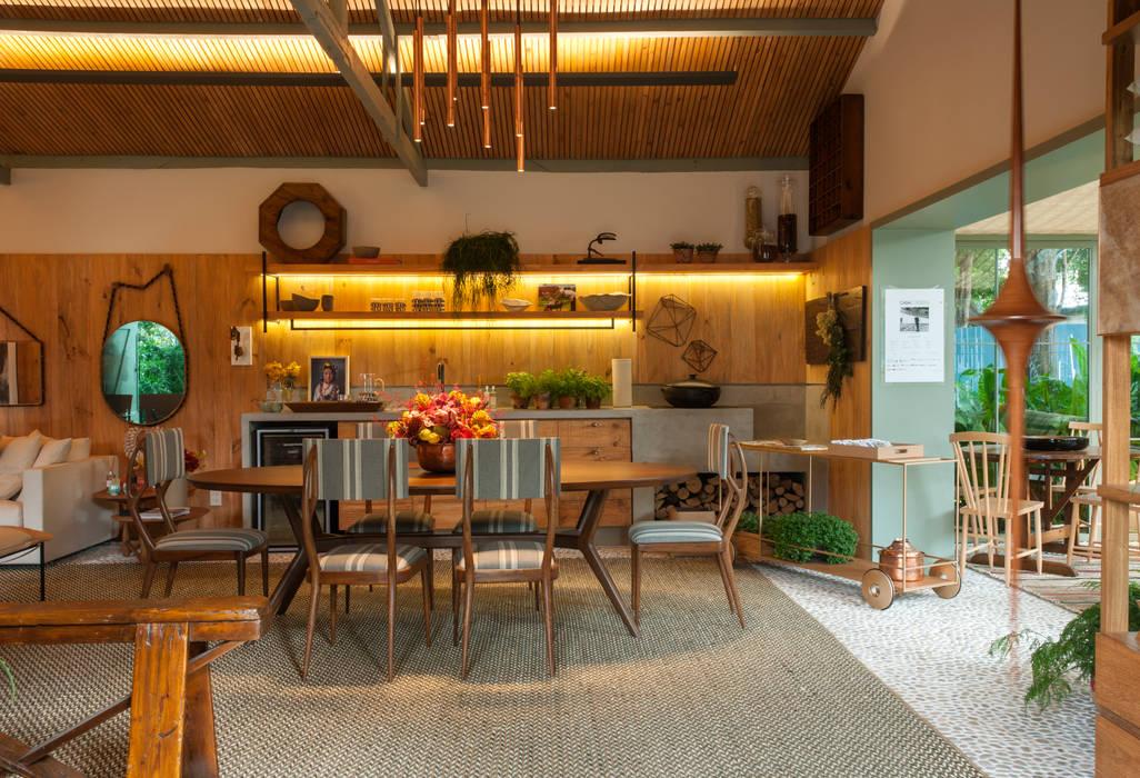 ห้องทานข้าว โดย Marina Linhares Decoração de Interiores, ทรอปิคอล