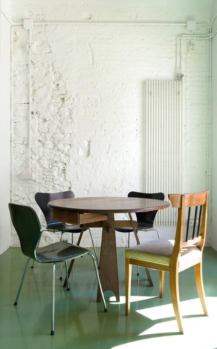 Reforma de vivienda en el Poblenou. Barcelona manrique planas arquitectes Comedores de estilo industrial
