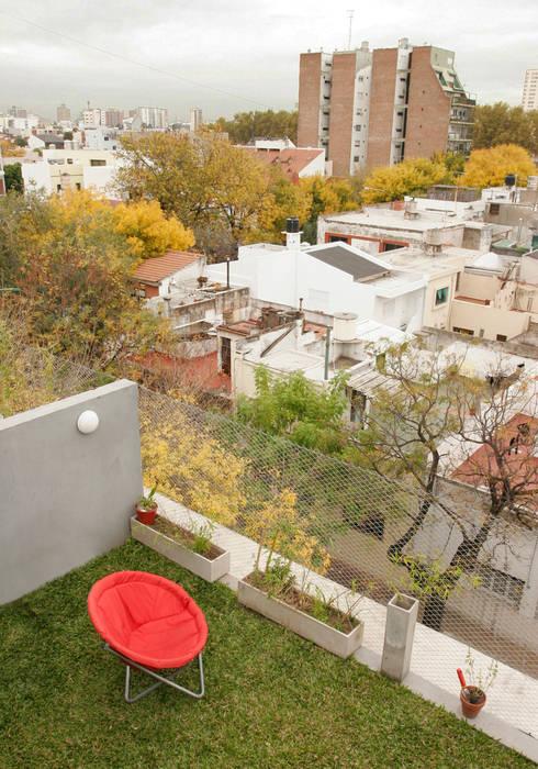 Terrasse de style  par IR arquitectura