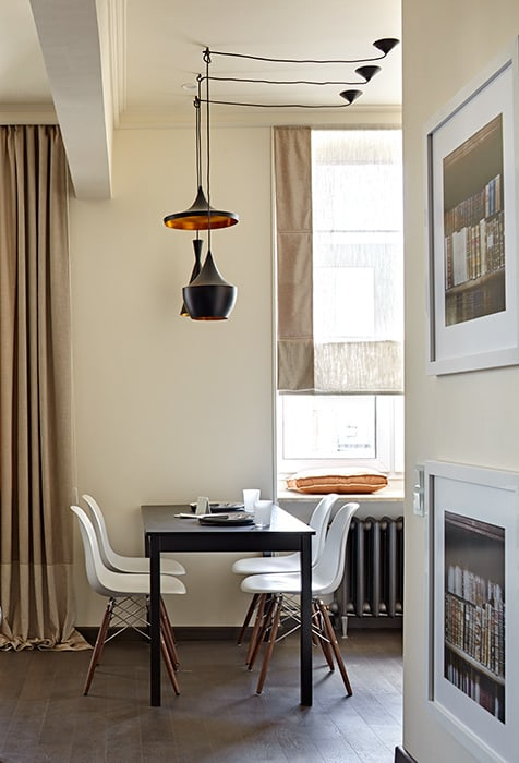 The Flat in Historical Building on Tsvetnoy Boulevard in Moscow by Olga Kulikovskaia-Ashby Classic