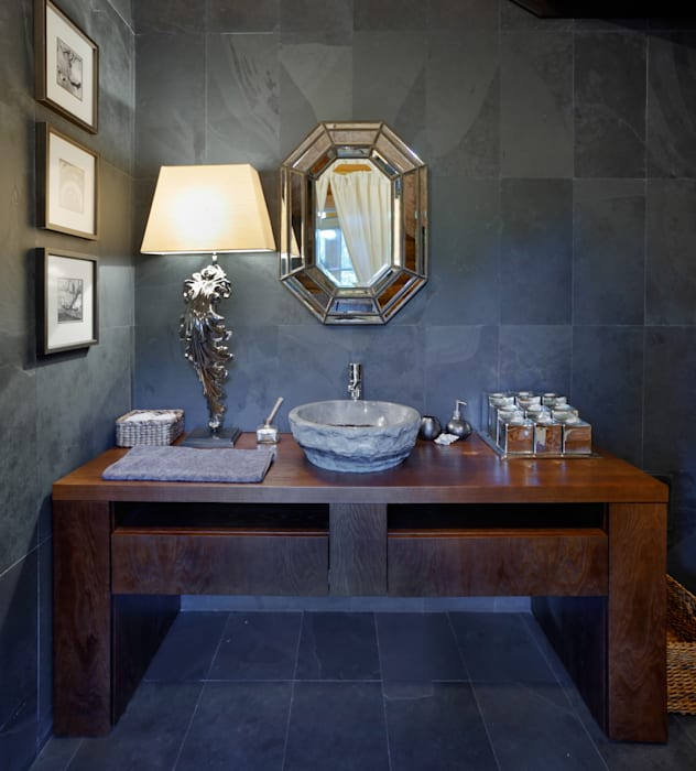 Rustic style bathroom by Ольга Куликовская-Эшби Rustic