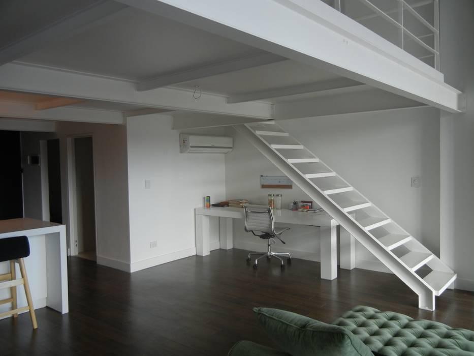 Salas de estilo moderno de Fainzilber Arqts. Moderno