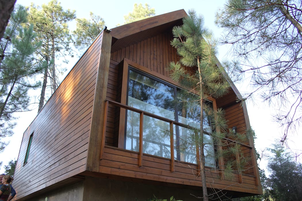 3 anos depois... Casa em Cabeça Santa: Casas  por NORMA | Nova Arquitectura em Madeira (New Architecture in Wood),