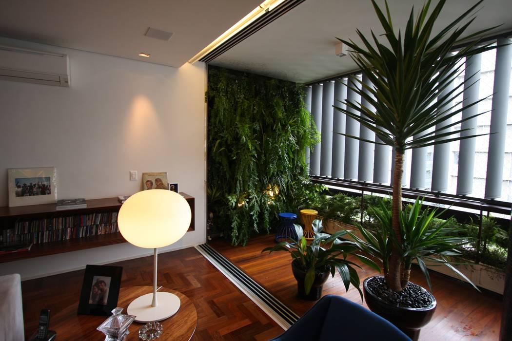HZ Paisagismo Jardines de estilo tropical