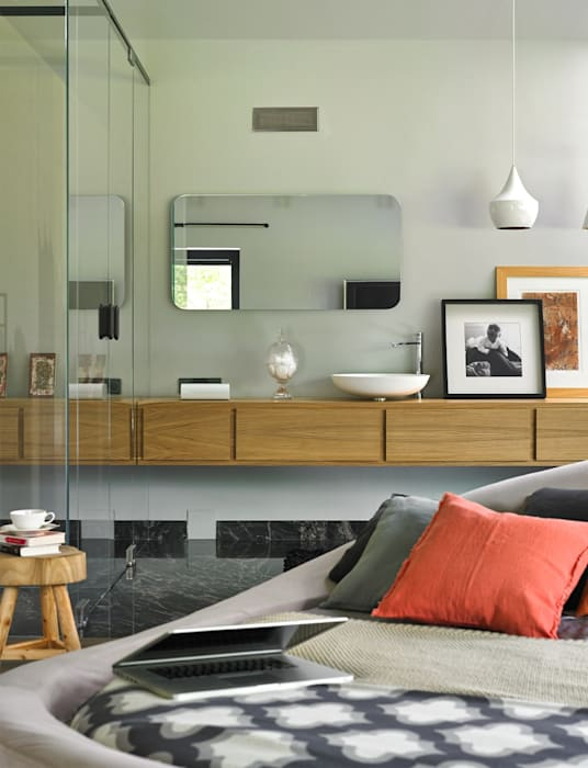 Modern Bedroom by stando interior design Modern