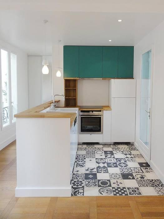 Appartement Place d'Italie Cuisine moderne par Julie zuber Moderne