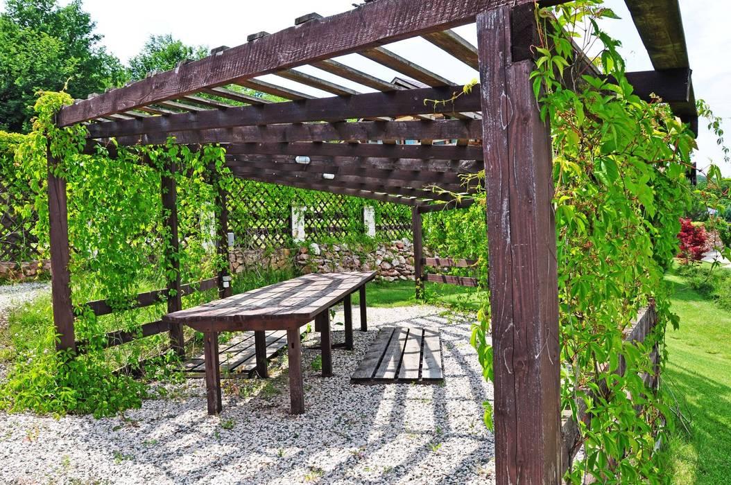 Олег Чистяков Rustic style garden