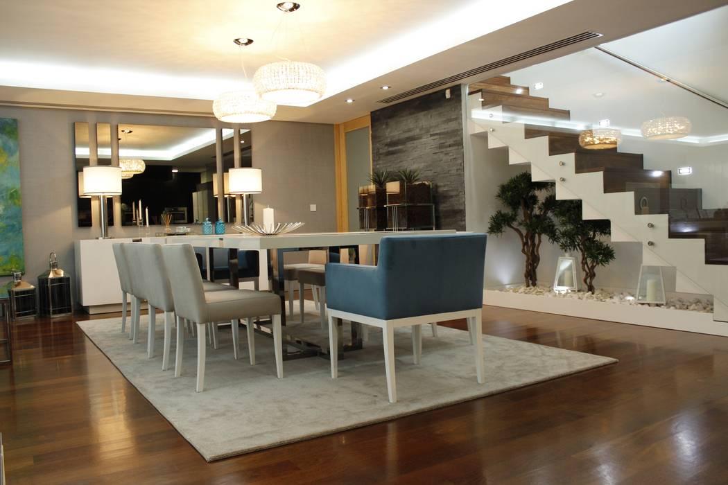 PROJECTO 3 Salas de jantar clássicas por Grupo HC Clássico