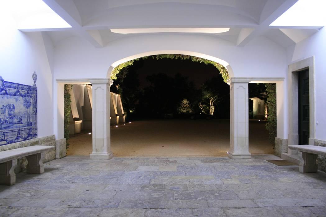 Quinta Patino Corredores, halls e escadas clássicos por Visual Stimuli Clássico