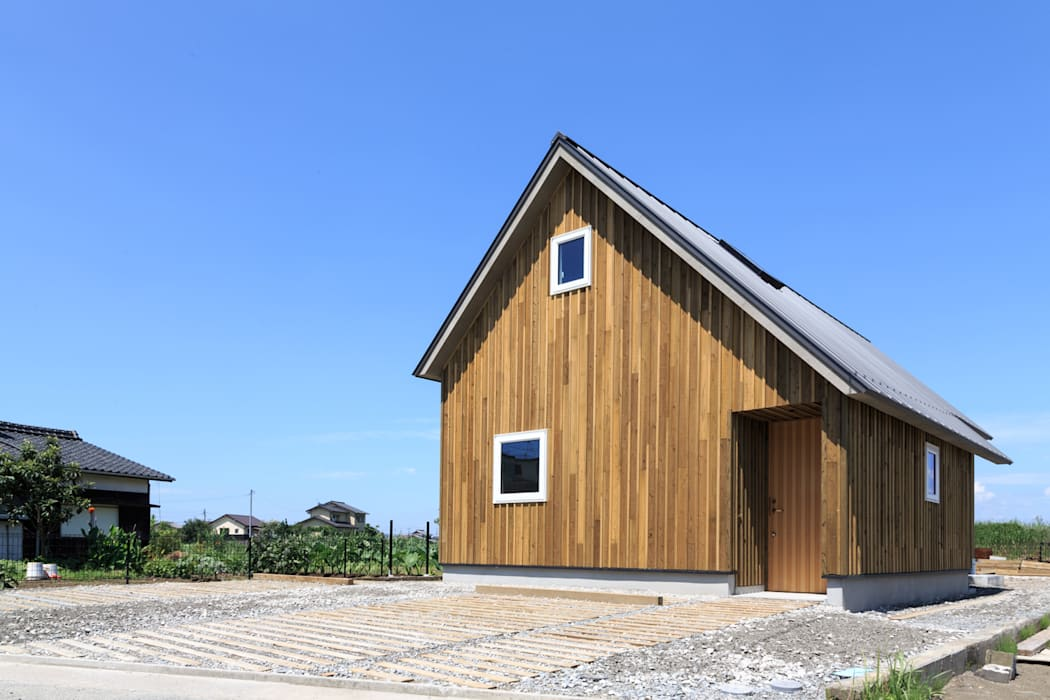 Eclectic style houses by 株式会社プロトハウス事務局 Eclectic