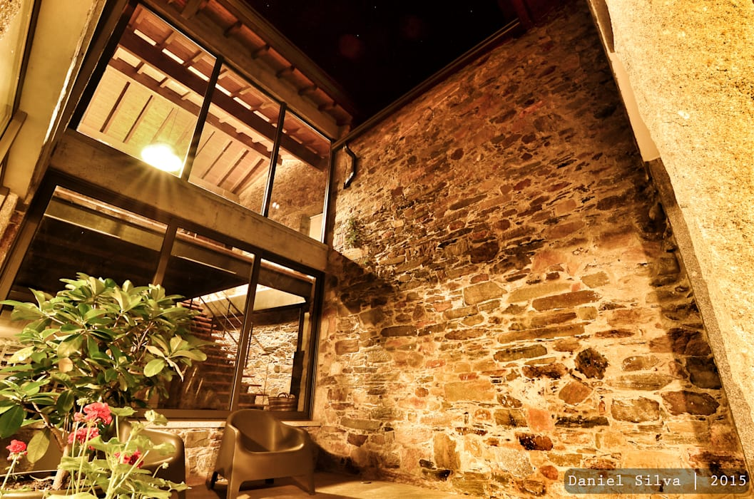 Rustic style conservatory by Casa do Páteo Rustic