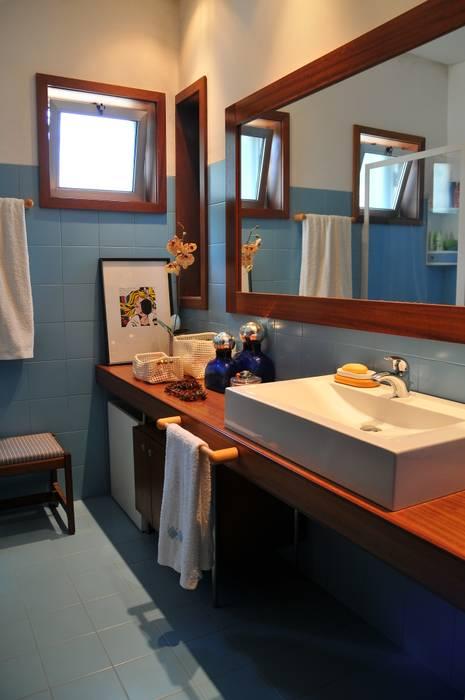 Casa Particular Casas de banho modernas por Luisa Pinho Arte e Decoração Moderno