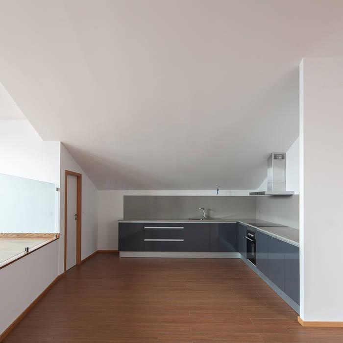 Cozinhas  por Marques Franco Arquitectos