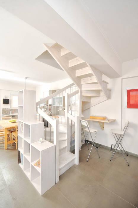 AP penthouse Matteo Fieni Architetto Soggiorno in stile mediterraneo