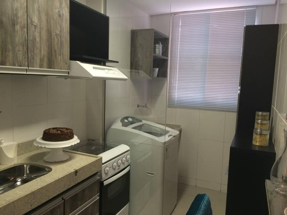 Área de serviço: Cozinhas  por Débora Campos Arquiteta,